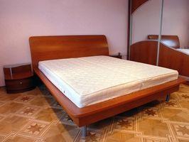 Hvordan rengjør jeg Urin Off av en Beauty Rest madrass?
